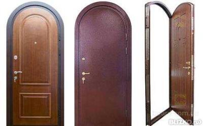 входная арочная металлическая дверь