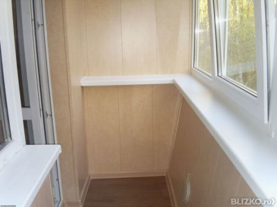 Внутренняя отделка балкона 3200*1000 пластиком с трехслойным.